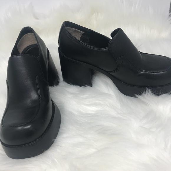 96c726e27db Vintage 90s MUDD Chunky Platform heels shoes 6M. M 5ab9a26ed39ca2b6695cc0ca